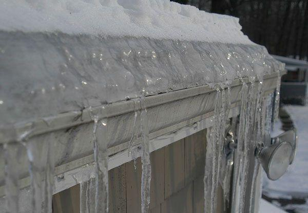 Gutter Iced Up during winter - Connecticut - Flat Roof Repair