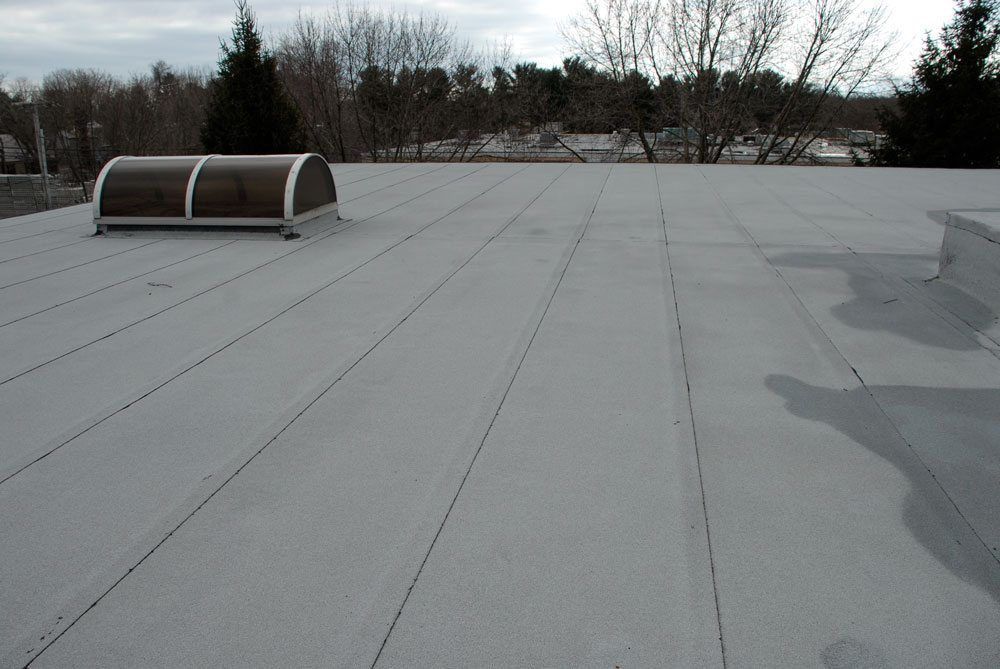Modified Bitumen Roofing materials - Ceramic granules embedded on this roof surface
