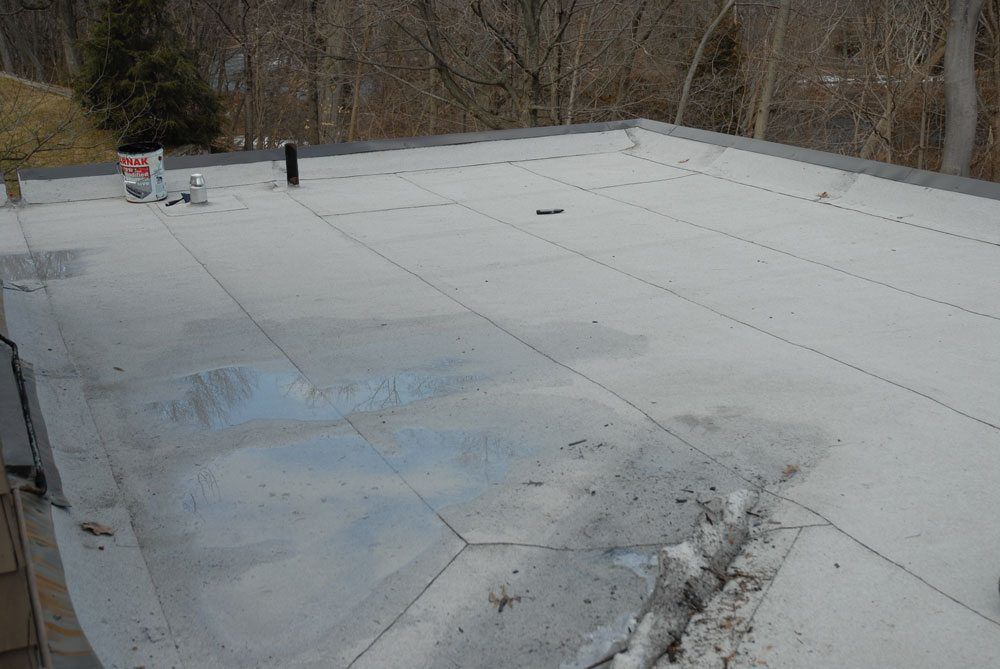 flat roof water pool evaporates within 48 hours