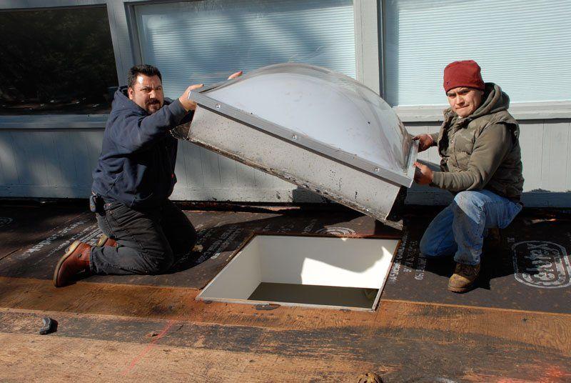 how to build a skylight curb