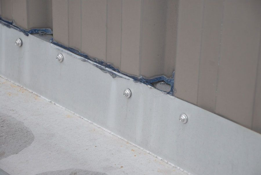 how to cut aluminum flashing